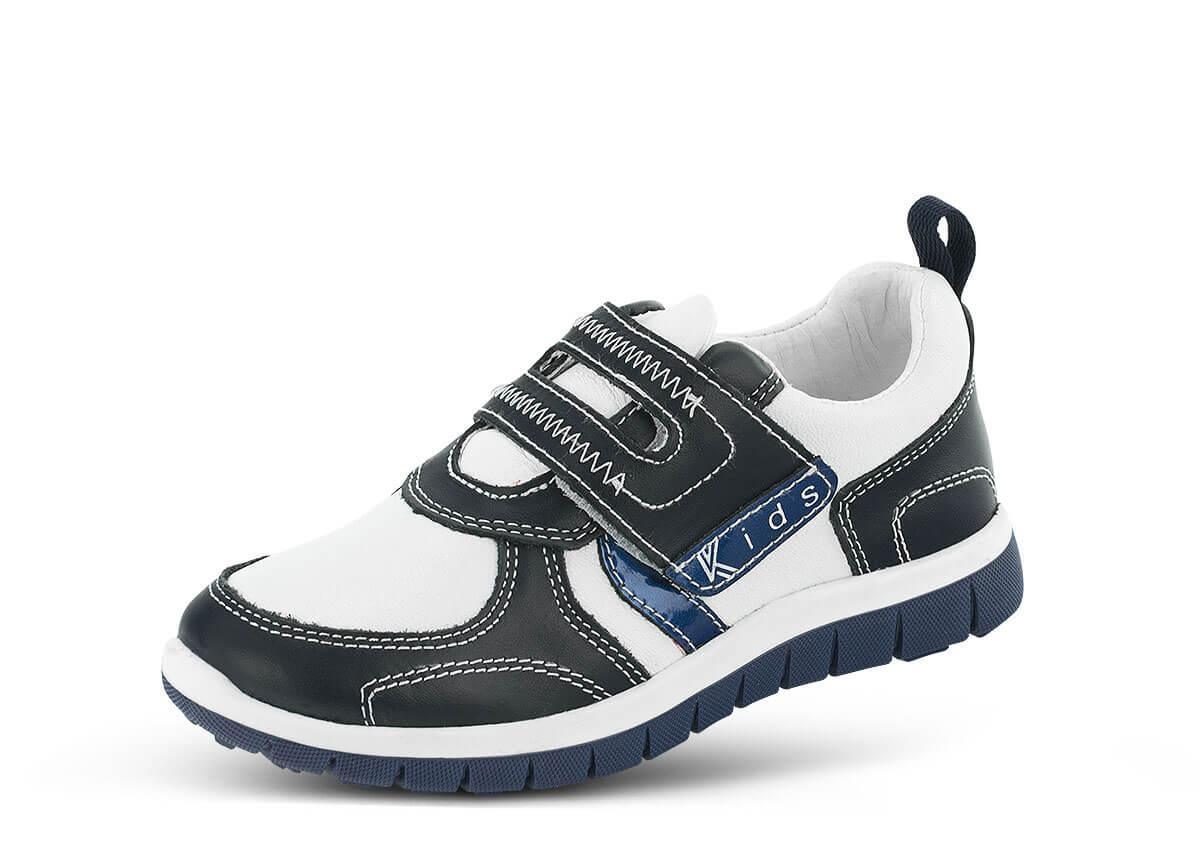 6c741ac0245 Детски спортни обувки в бял и син цвят - Дамски обувки от естествена ...